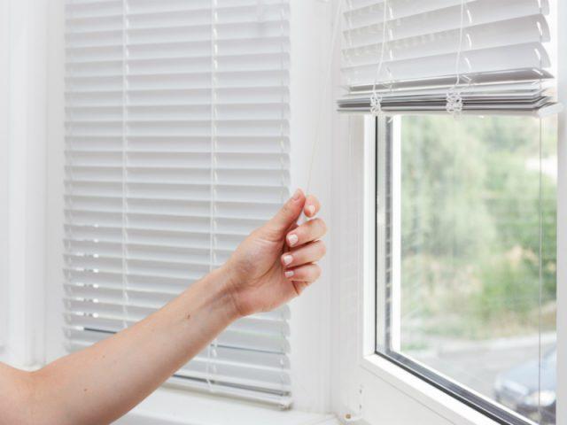 Como limpar sua persiana facilmente: confira as dicas